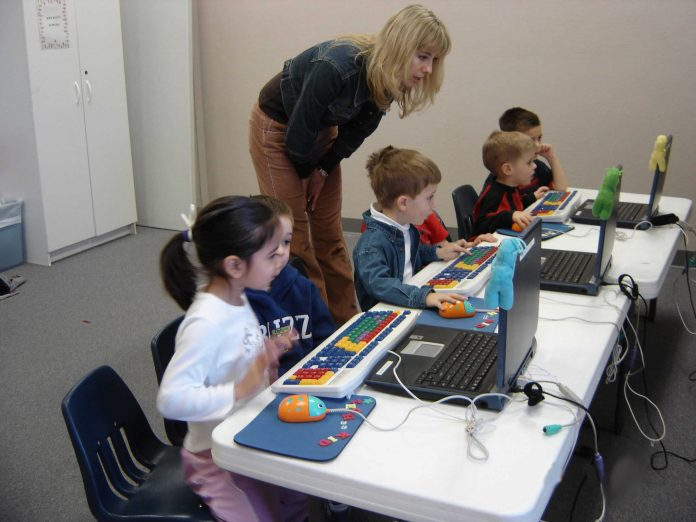 Using Computers In Classrooms