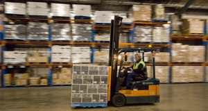warehouse-forklift1