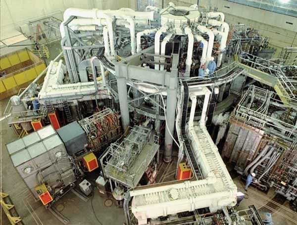 The Tokamak Fusion Test Reactor in 1989