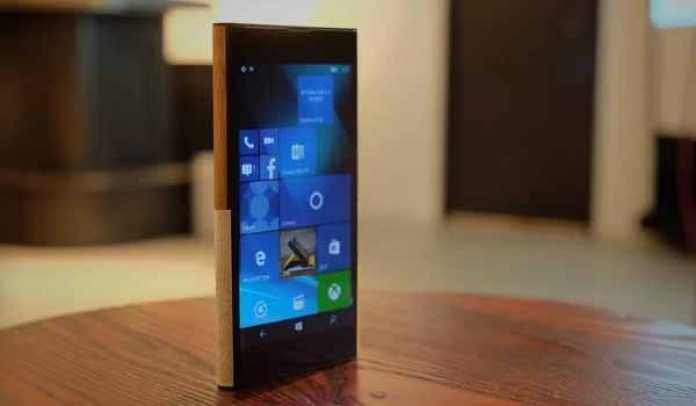 NuAns Neo Windows 10 smartphone