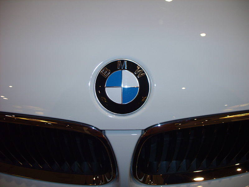 Bmw Plans To Sell 500 000 Electric Cars And Hybrids By 2019 Use Of