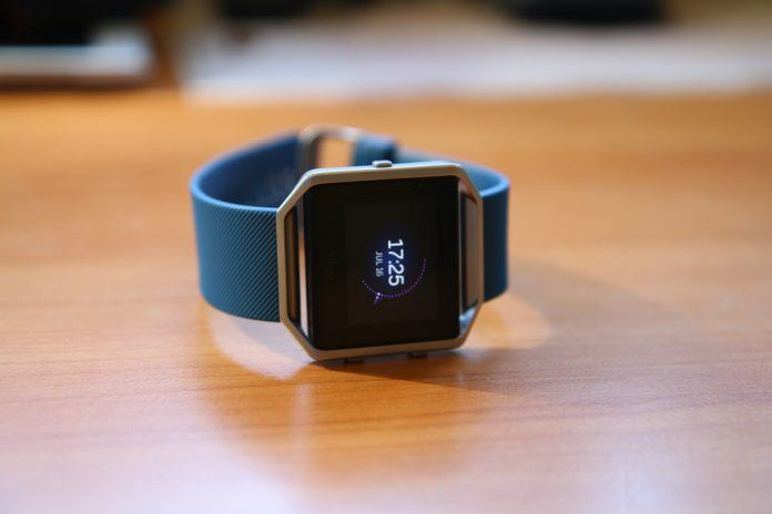 The New Ionic from Fitbits, Can it Compete (2)